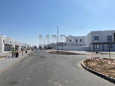 تاون هاوس 2 غرفة نوم للبيع في الغدیر، أبوظبي - 0%COMMISSION