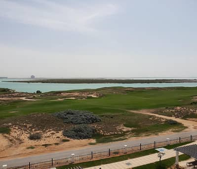 2 Bedroom Flat for Rent in Yas Island, Abu Dhabi - Potential Duel Living on the Golf Course Views