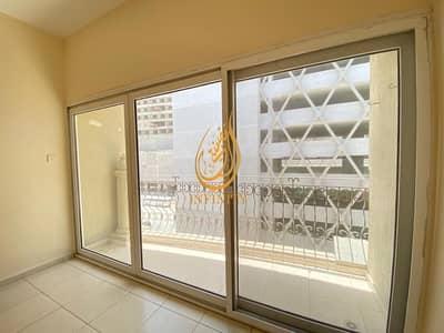 فلیٹ 2 غرفة نوم للايجار في الخان، الشارقة - 1 Month Free 2bhk With Balcony in 27k only