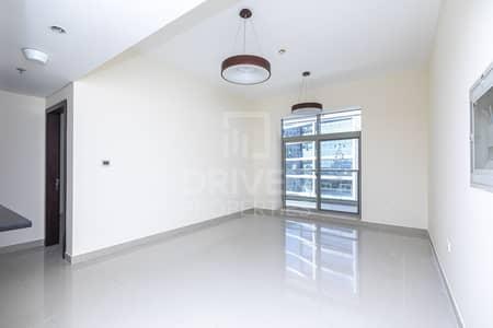 فلیٹ 1 غرفة نوم للايجار في مدينة دبي الرياضية، دبي - Bright | Chiller free | Huge | 2Parkings