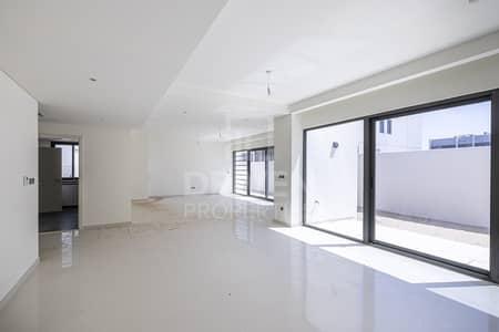 6 Bedroom Villa for Rent in Akoya Oxygen, Dubai - Brand New villa | community view | Large