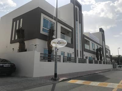 Brand new finish 3 bedroom plus maid villa with pool in Jumeirah 1