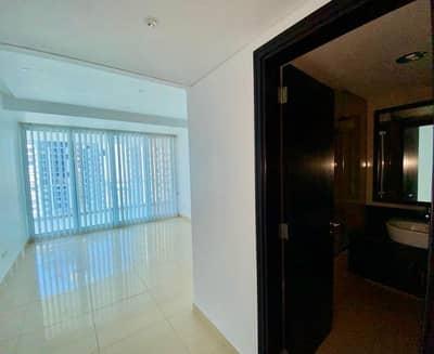 فلیٹ 3 غرف نوم للايجار في أبراج بحيرات الجميرا، دبي - مباشر من المالك | مع غرفة خادمة | مستعد للتحرك