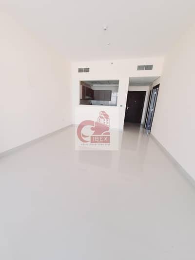 شقة 1 غرفة نوم للايجار في بر دبي، دبي - A-C FREE- Lavish 1B/R - Gym & Pool