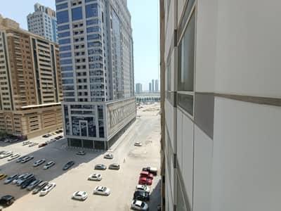 Studio for Rent in Al Khan, Sharjah - Hot Offer Luxury Studio with Wardrobe in Just 16K in AL Khan