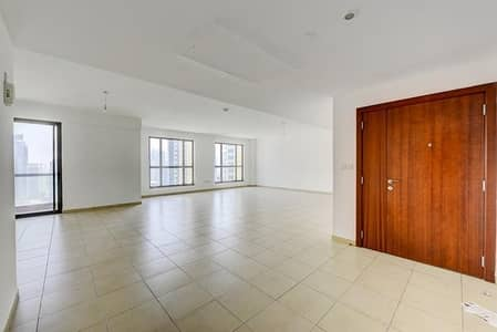 4 Bedroom Flat for Rent in Jumeirah Beach Residence (JBR), Dubai - Best Handpicked Options - Sea/Marina Views + Maids