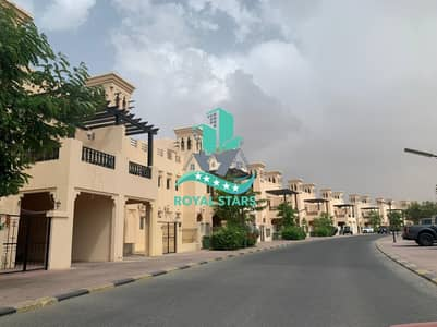 3 Bedroom Townhouse for Rent in Al Hamra Village, Ras Al Khaimah - Private Swimming Pool and Fully Furnished- 3BR House with Golf View