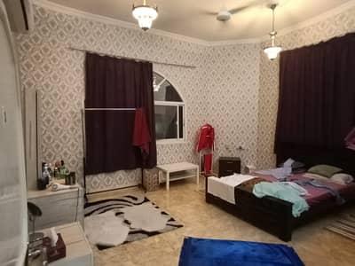 فیلا 8 غرف نوم للايجار في الروضة، عجمان - فيلا 10000 قدم مربع مساحة كبيرة جدا نيير رويد 8 غرف نوم بهول كبير وماجليزا كبيرة في الروضة 1