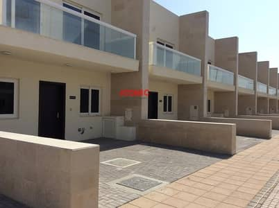 3 Bedroom Villa for Sale in International City, Dubai - Vacant on transfer!3 Bedroom +Maid !Back to Back