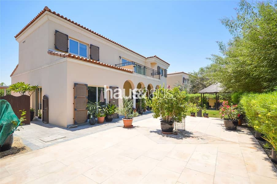 Immaculate Condition | Close to Park and Pool