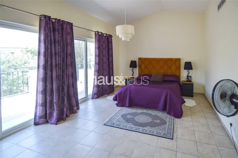 10 Immaculate Condition | Close to Park and Pool