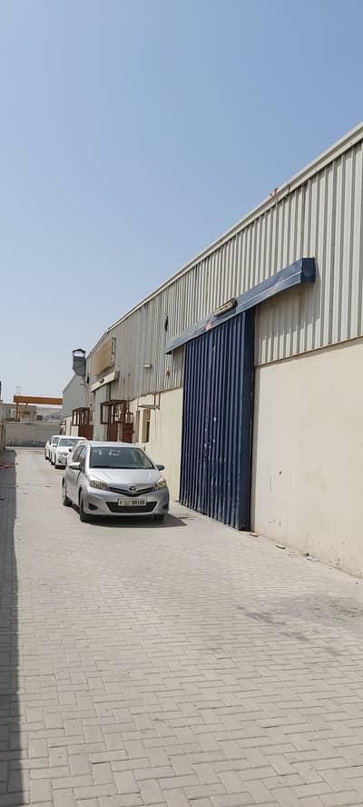 مستودع  للايجار في المنطقة الصناعية، الشارقة - مستودع في المنطقة الصناعية 17 المنطقة الصناعية 55000 درهم - 5148097