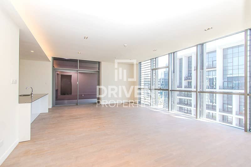 2 Well-maintained Apt   Side Boulevard View