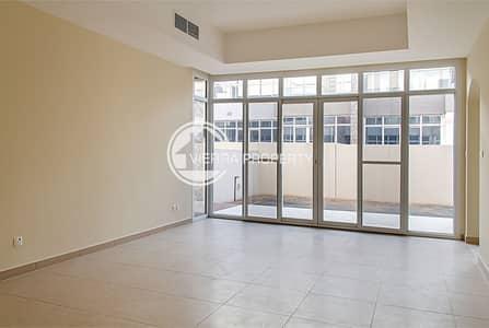 فیلا 3 غرف نوم للبيع في واحة دبي للسيليكون، دبي - MODERN STYLE I UPGRADED  | LARGE PLOT |EXTENDED