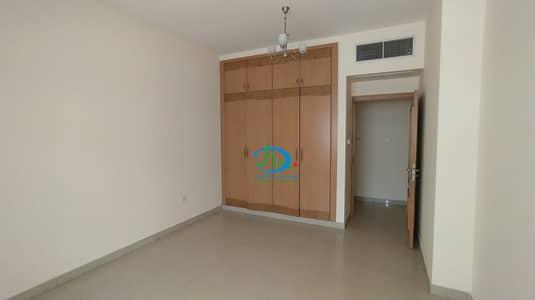 شقة 1 غرفة نوم للايجار في الرميلة، عجمان - شقة ضخمة للغاية بغرفة نوم واحدة متاحة للإيجار في برج الشرفة 1 ، الرميلة 3 ، عجمان