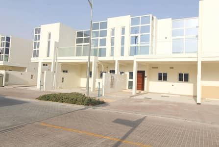4 Bedroom Townhouse for Sale in Akoya Oxygen, Dubai - Luxurious Renovation |Gorgeous Style |Bigger Size