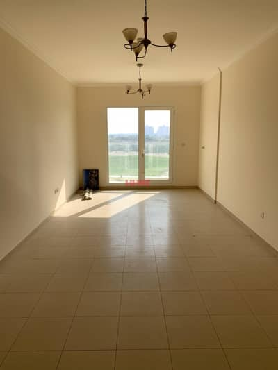 1 Bedroom Flat for Rent in Dubai Sports City, Dubai - Exclusive 1 bedroom   Full golf course view   Closed kitchen