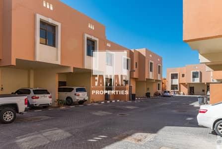 فیلا 4 غرف نوم للايجار في القرم، أبوظبي - Vacant and Ready to Move In | Big Layout 4BR Villa