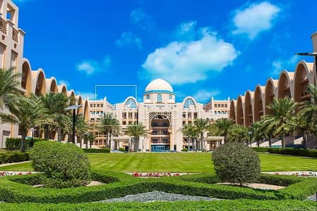 Shop for Rent in Palm Jumeirah, Dubai - Retail Space in Palm Jumeirah for Rent