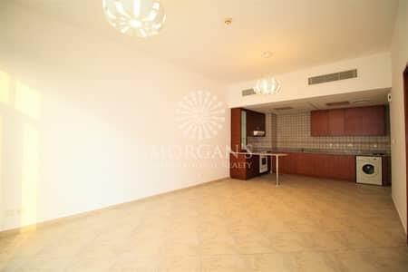 شقة 1 غرفة نوم للايجار في موتور سيتي، دبي - Bright And Huge One bedroom on high floor