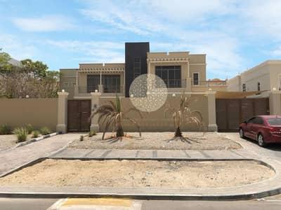 فیلا 6 غرف نوم للايجار في مدينة خليفة أ، أبوظبي - STAND ALONE LUXURIOUS 6 MASTER BEDROOM VILLA WITH SWIMMING POOL AND DRIVER ROOM FOR RENT IN KHALIFA CITY A