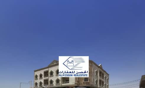 مجمع سكني  للبيع في الروضة، عجمان - بناية للبيع بموقع مميز بدخل جيد يصل ل10% جديدة
