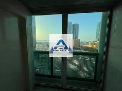 4 Bedroom Flat for Rent in Corniche Road, Abu Dhabi - Partial Sea View !! Renovated 4 bhk with Parking !