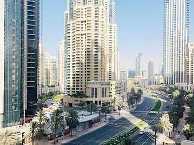 2 Bedroom Flat for Rent in Downtown Dubai, Dubai - Vacant 2BR with Boulevard View   Good Location