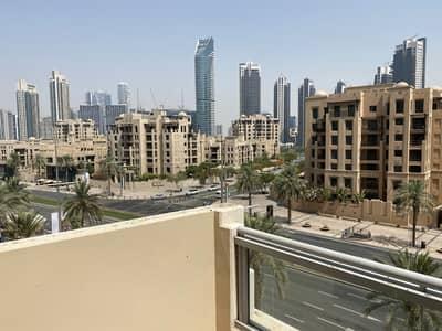 فیلا 2 غرفة نوم للايجار في وسط مدينة دبي، دبي - Vacant and Ready   2 Bed en-suite   Huge kitchen