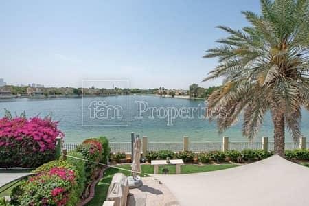 5 Bedroom Villa for Sale in The Lakes, Dubai - Spacious villa near golf course & lake