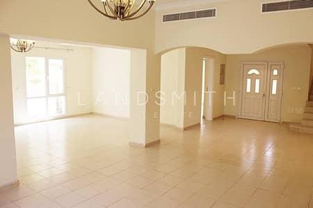 5 Bedroom Villa for Sale in The Meadows, Dubai - Spacious 5 Bedroom Villa   Vacant on Transfer