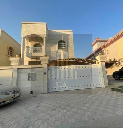 فیلا 5 غرف نوم للايجار في المويهات، عجمان - فیلا في المويهات 3 المويهات 5 غرف 80000 درهم - 5155033