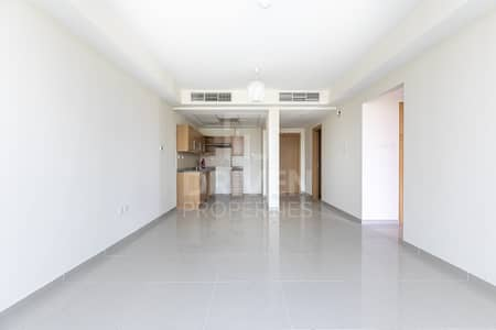2 Bedroom Flat for Sale in Jumeirah Village Triangle (JVT), Dubai - Fully Upgraded and Huge Apartment in JVC