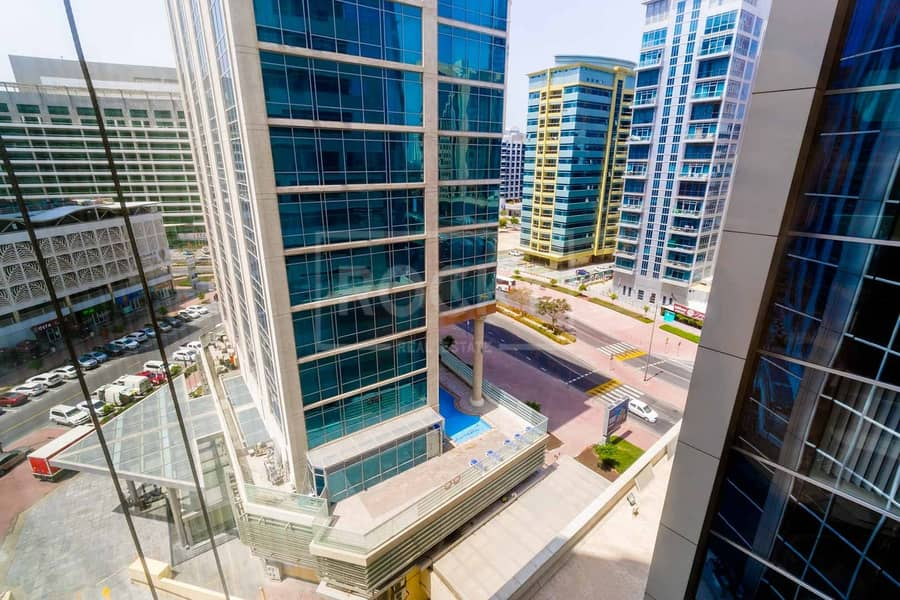 19 Close to Metro   Fitted Furnished   Partitioned   Barsha Heights
