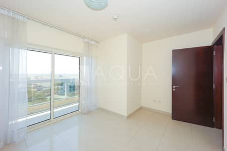 1 Bedroom Apartment for Rent in Jumeirah Lake Towers (JLT), Dubai - Large 1 Bed | Park and Lake View | Balcony