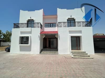 5 Bedroom Villa for Sale in Al Jurf, Ajman - Only for citizens of Ajman, a villa for sale on the main street, close to all services