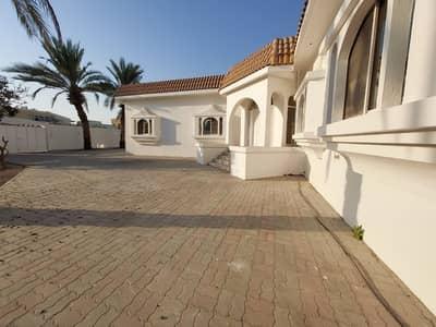 6 Bedroom Villa for Sale in Al Azra, Sharjah - Spacious 6 Bedrooms luxury Villa is avaiable for sale in Al Azra, Sharjah for 2,500,000 AED