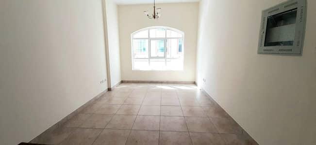 فلیٹ 1 غرفة نوم للايجار في بر دبي، دبي - شقة في مدينة دبي الطبية بر دبي 1 غرف 44999 درهم - 4870827