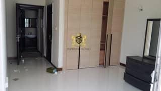 شقة في تو تاورز برشا هايتس (تيكوم) 1 غرف 790000 درهم - 5159397