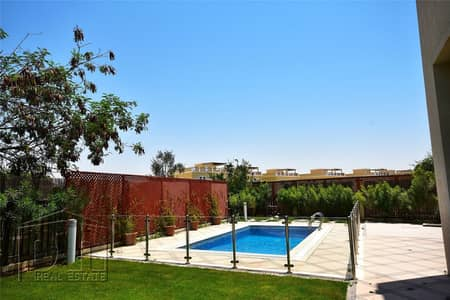 فیلا 5 غرف نوم للايجار في جزر جميرا، دبي - 5 bed | Beautiful landscape | Pool