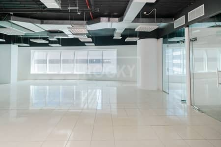 Office for Rent in Barsha Heights (Tecom), Dubai - Ready to Move | 1st Year Chiller Free | Close to Metro