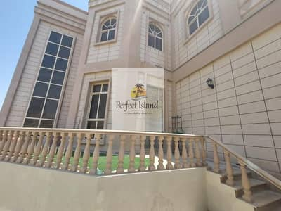 4 Bedroom Apartment for Rent in Baniyas, Abu Dhabi - Catch Up Stylish Modern 4 BR+M | Private Entrance | First Floor