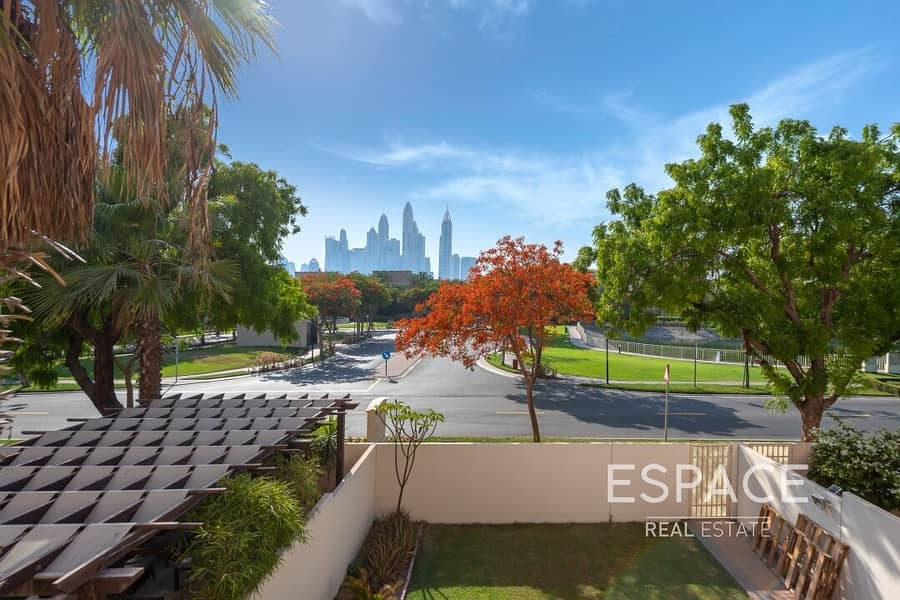 Exclusive 3BR Opposite Pool and Park and Skyline View