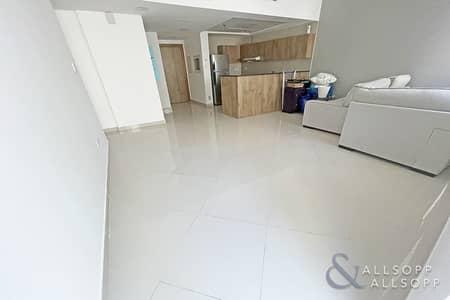 2 Bedroom Apartment for Rent in Dubai Marina, Dubai - Modern Design   Continental   Two Bedrooms