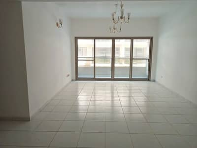 4 Bedroom Flat for Rent in Bur Dubai, Dubai - Limited Offer/Luxury 4-BR with Master BR,Maids,Balcony / Free Parking, Gym and Pool
