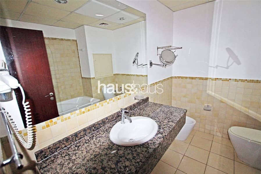 10 Shams 1   Extremely Spacious   Ideal for investors