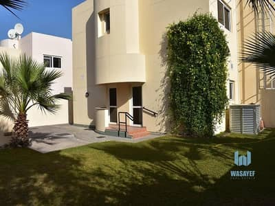 4 Bedroom Villa for Rent in Jumeirah, Dubai - Amazing 4 Bed With Private Garden | Drivers & Maids Room!!