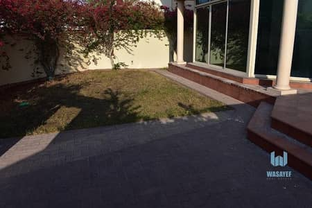 4 Bedroom Villa for Rent in Al Safa, Dubai - Spacious 4 Bed Big Private Garden Area! Shared Pool  & Gym!