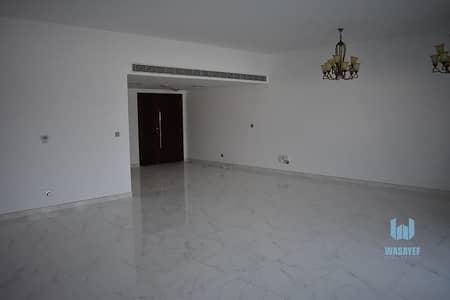 فیلا 4 غرف نوم للايجار في جميرا، دبي - 4 Bed Villa Fully New Upgraded With Share Garden & Pool !