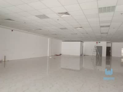 Showroom for Rent in Sheikh Zayed Road, Dubai - FULLY FITTED SHOWROOM NEAR METRO ON SHEIKH ZAYED ROAD. . .